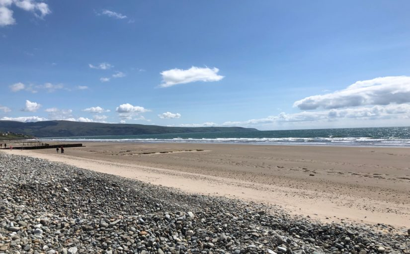 A Barmouth Bay beach holiday